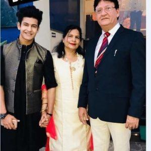 Manjul Khattar Wiki Family